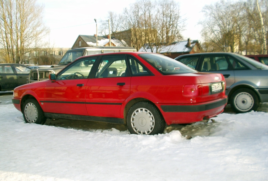 Седан Audi 80 (1991 г.)