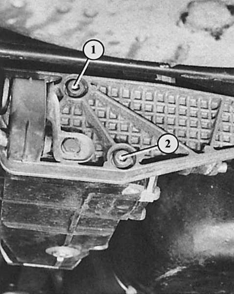 какое масло лить в задний редуктор audi 80 b4 quattro