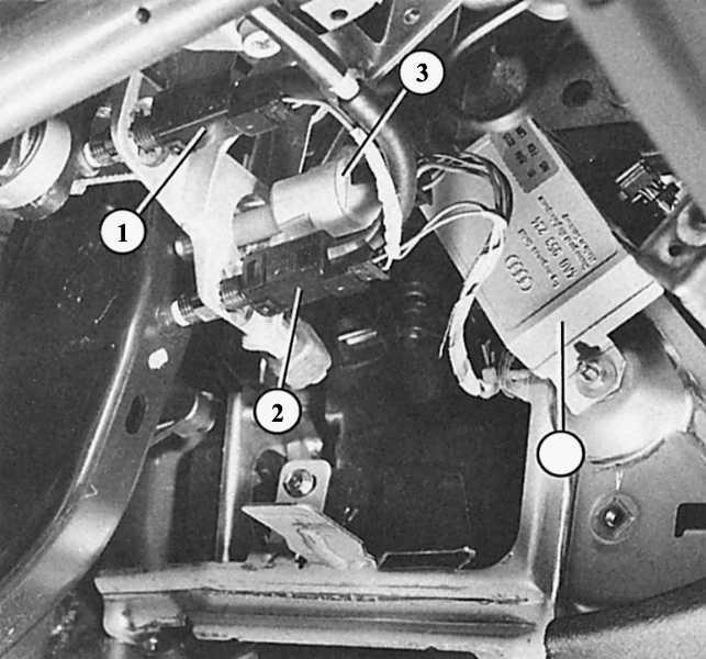 audi 80 b3 не горит левый стоп сигнал и задняя скорость