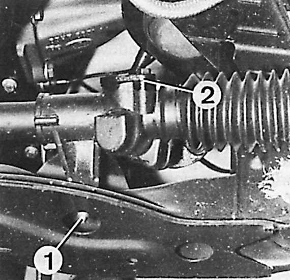 корпуса рулевой передачи к