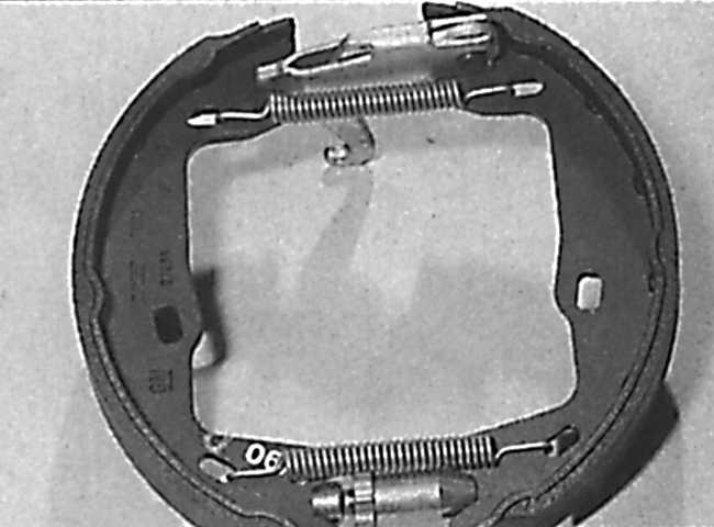 колодки ручного тормоза на опель омега б