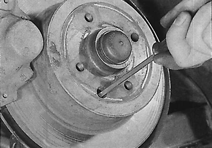 регулировка ручного тормоза opel vectra b