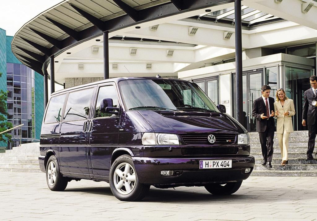 Volkswagen Caravelle T4 (1996 г.) - Volkswagen Transporter.